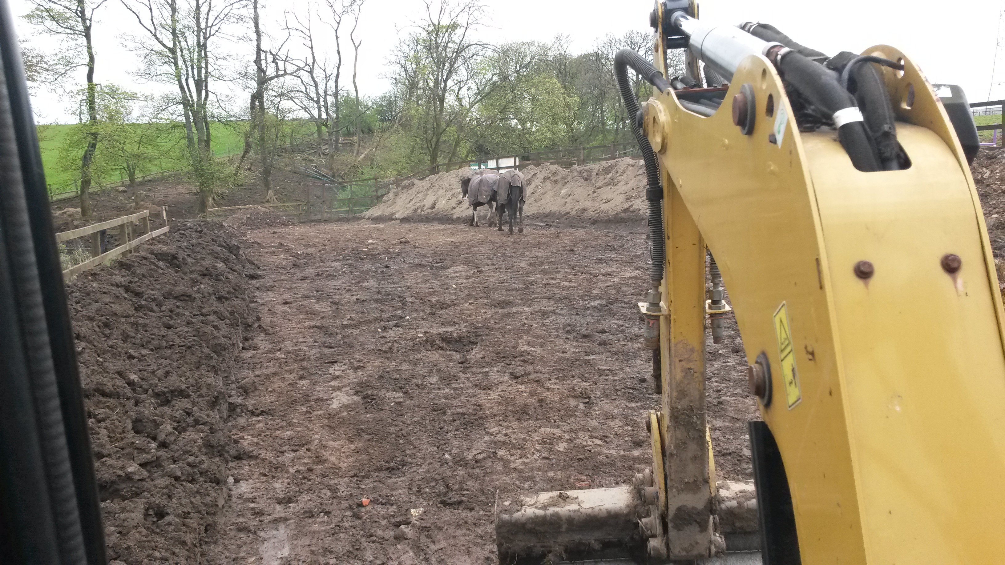 Excavation with mini digger
